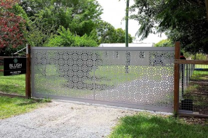 Geo Criss Cross Decorative Driveway Gate