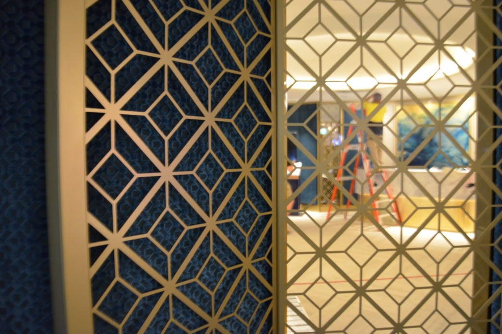 Custom Room Divider and Privacy Screens 8